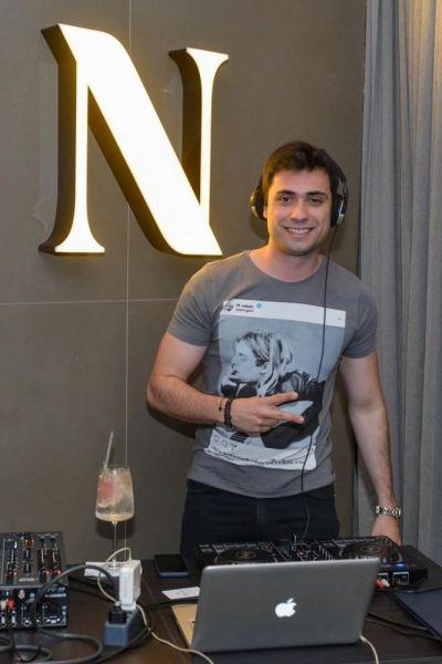 O-DJ-da-festa-Paulinho-Lopes