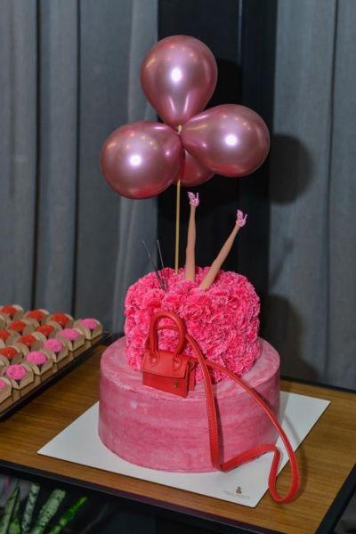 O-lindo-bolo-assinado-pela-Bull-Baker-Doceria-destaque-na-festa